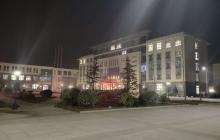 公司办公大楼.jpg